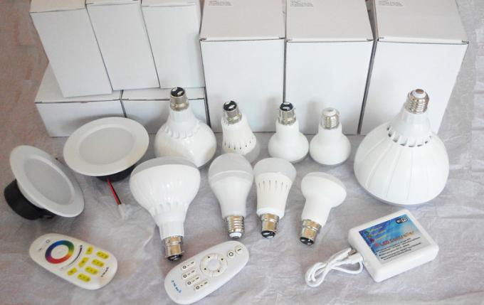 RF Frequency 2.4GHz CRI80 E27 Wifi Control Smart Lighting LED BR30